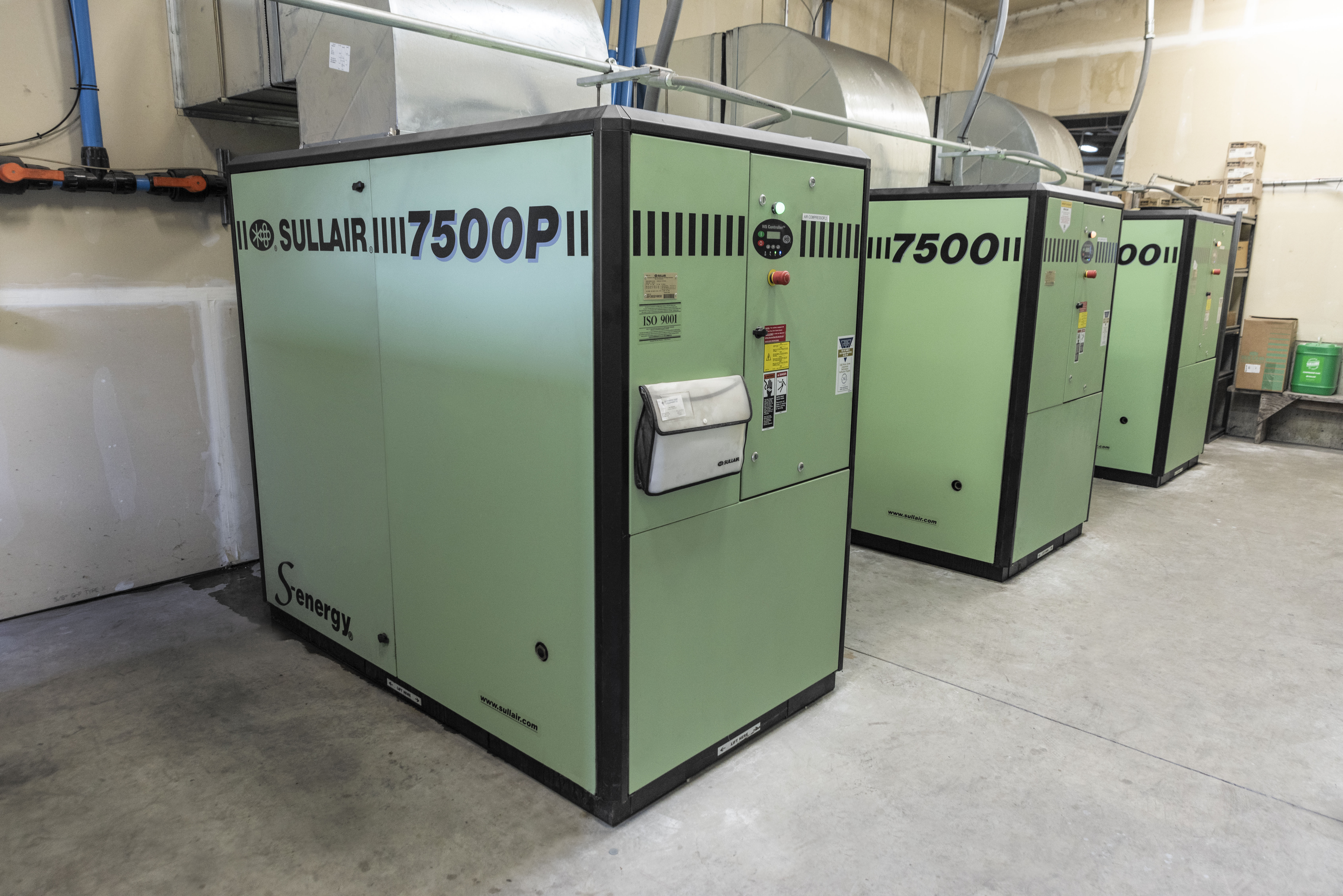 What's Possible When Operating Rotary Screw Air Compressors in Hot Ambient Conditions?